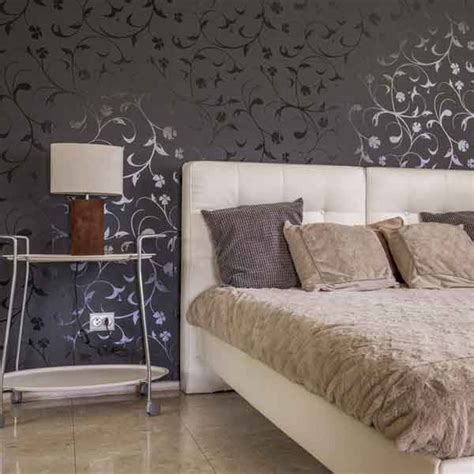 wallpaper in master bedroom 5 tips to beautify your master bedroom with wallpapers 17773 | point 3 5tips to beautify your master bedroom with wallpapers