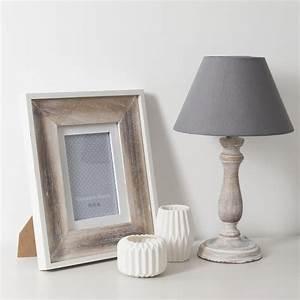 Lampe Aus Holz : graue lampe aus holz und stoff h38 snow maisons du monde ~ Eleganceandgraceweddings.com Haus und Dekorationen