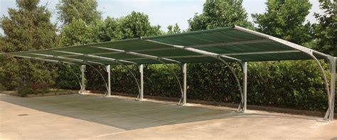 tettoia prefabbricata sistemi di copertura per auto parcheggi ombreggianti