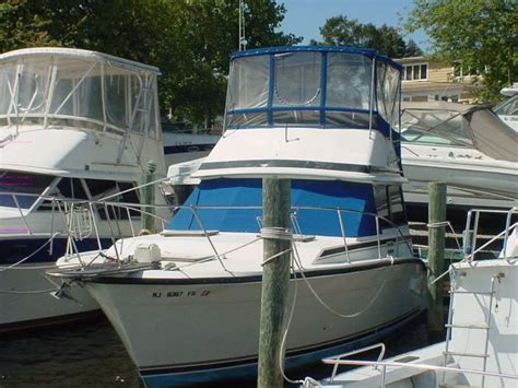 Boat Brokers Toms River Nj by 1986 Trojan F 32 Convertible Power Boat For Sale Www