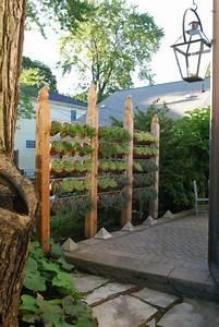 den uppigen sichtschutz im garten akzentuieren With französischer balkon mit sichtschutzmauern im garten