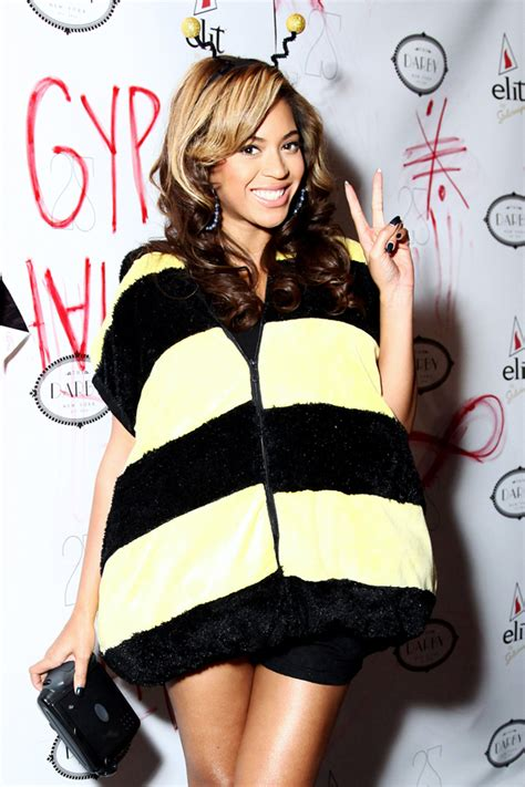 Beyonce   Neon Limelight - Exclusive Music News Artist Interviews Reviews Photos!
