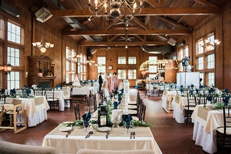 wellers carriage house wedding  saline michigan