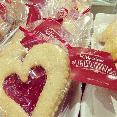 la madeleines linzer cookies   perfect sweet treat