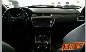 Land Wind X7, The Fake Range-Rover Evoque From China ...