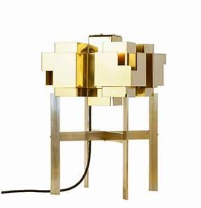 Lampe De Chevet Cuivre : lampe design originale qui s inspire de la silhouette de stockholm ~ Teatrodelosmanantiales.com Idées de Décoration
