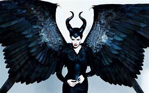 Movie Review: Maleficent | The Nerds Uncanny