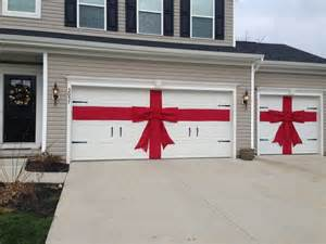 diy red burlap ribbon and bow for christmas decor for garage doors christmas pinterest