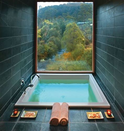 How You Can Update Your Bathroom To Give It A Spa Like Vibe