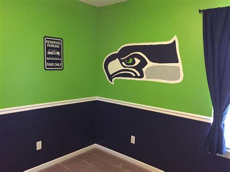 seahawks bedroom paint scheme seahawks football