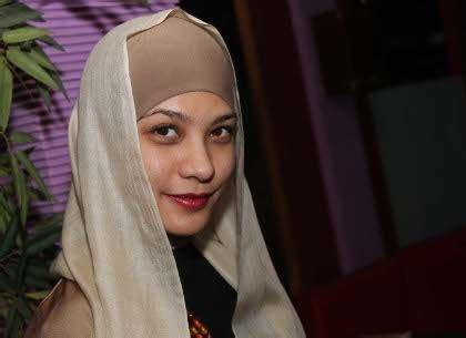 hijab kerudung pashmina cerita jilbab rachel maryam