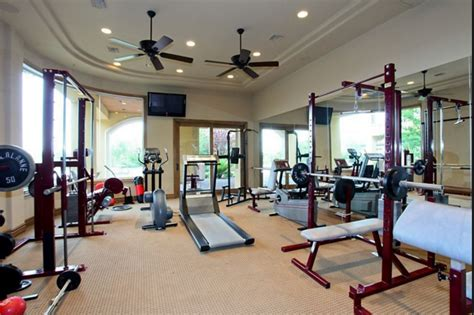 luxury home gyms homes   rich
