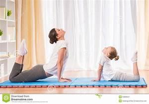 Yoga At Home : yoga at home stock illustration image 53899521 ~ Orissabook.com Haus und Dekorationen
