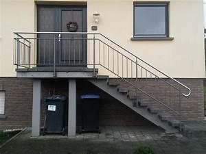 Geländer Treppe Aussen : au entreppen treppengel nder und handl ufe aus metall metallbau kloss ~ A.2002-acura-tl-radio.info Haus und Dekorationen