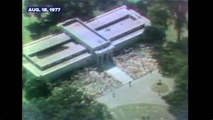 Elvis Presley Is Buried At His Graceland Mansion In 1977