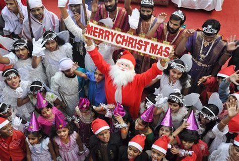 photo gallery  christmas festival  delhi explore