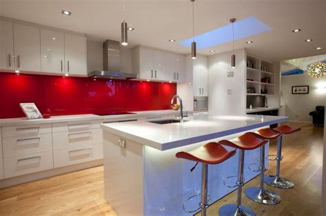 Red Kitchen Backsplash interior design ideas and photo gallery