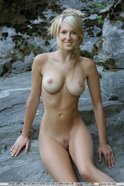 Euro Babes DB » Sexy German Model Nude