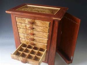 1000 Handmade exotic wood jewelry box made of bubinga wood