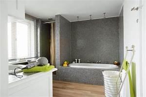 Salle De Bain Douche Baignoire : carrelage salle de bains et si on carrelait aussi la baignoire c t maison ~ Melissatoandfro.com Idées de Décoration
