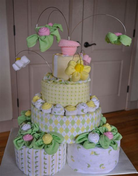 topsy turvy diaper cakes information