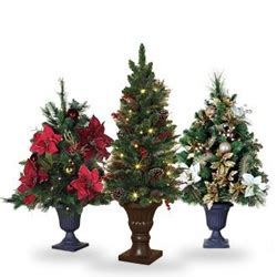pictures of christmas decorations on top of the piano decorations