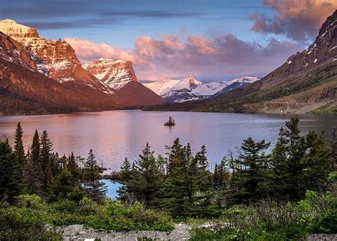 Stunning Images - Saint Mary Lake and Wild Goose Island ...