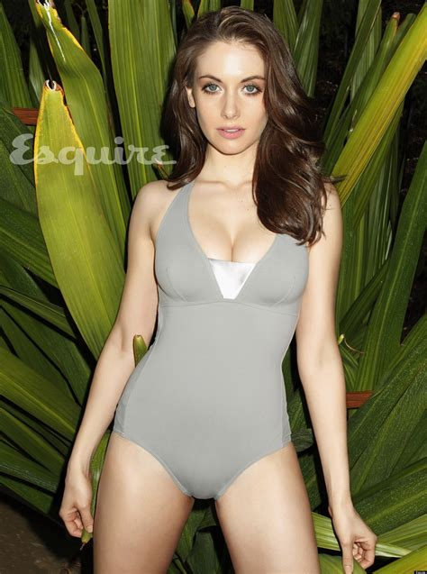 Alison Brie Hot Community Actress Sizzles In Esquires Latest Issue Photos
