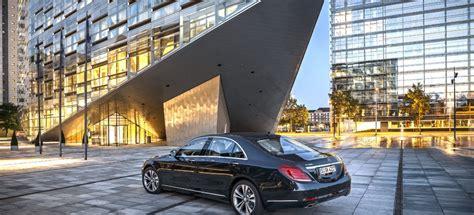 It was offered as a cargo van, a passenger van, and a pickup truck. 100.000 verkaufte S-Klassen in nur einem Jahr : Mercedes-Benz Luxuslimousine auf Erfolgskurs ...