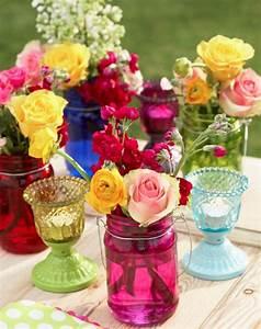 l vase en verre un joli detail de la deco With chambre bébé design avec bouquets ronds fleurs