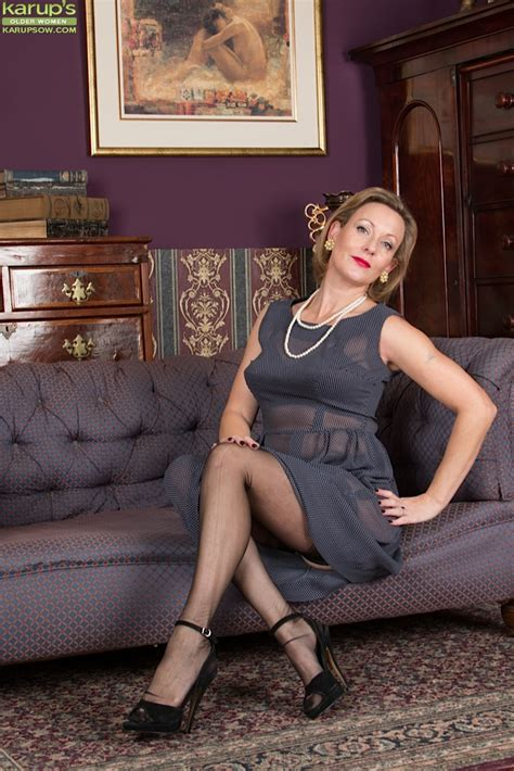She Is A Very Nasty And Classy Mature Wife That Loves To