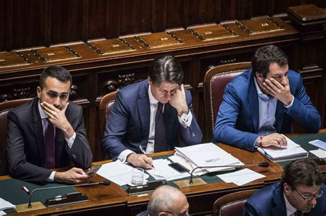 Decreti Consiglio Dei Ministri by Decreto Il Consiglio Dei Ministri Approva Il Decreto