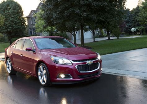 Chevrolet Car : 2015 Chevrolet Malibu (chevy) Review, Ratings, Specs