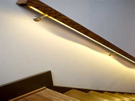 eclairage meuble cuisine led cage d 39 escalier en bois avec eclairage de re en led