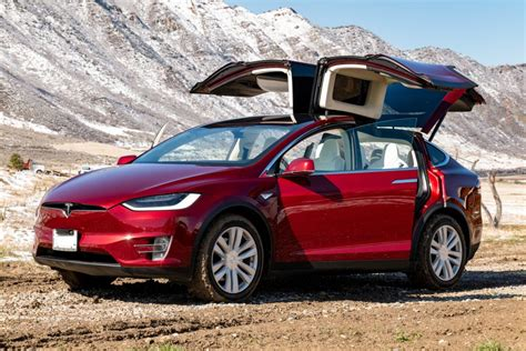 Covering the prices, details, specs of all 2021 tesla suv und cars models. Model X / 2016 / Signature Red - c3423 | Only Used Tesla