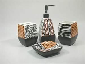 Accessoires Salle De Bain Design : jolie salle de bain accessoires ~ Melissatoandfro.com Idées de Décoration