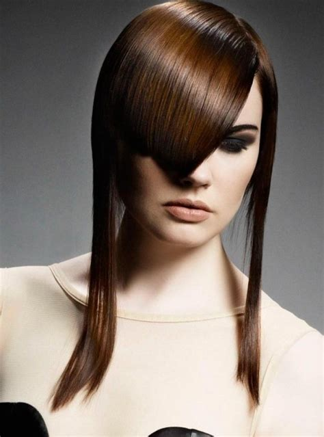 ausgefallene asymmetrische frisuren fuer mutige damen