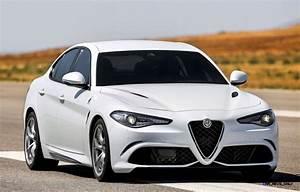 Alfa Romeo Giula : 2017 alfa romeo giulia quadrifoglio ~ Medecine-chirurgie-esthetiques.com Avis de Voitures
