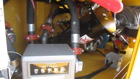 cat  articulated truck   gallon fuel tank