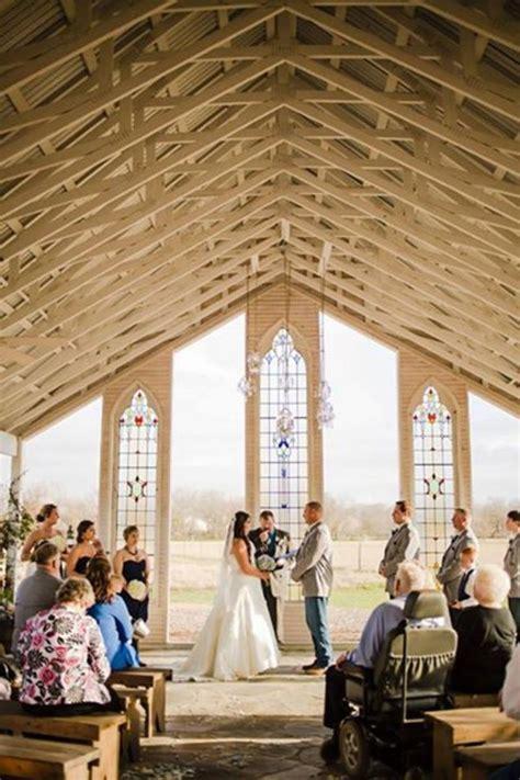 gruene estate weddings  prices  wedding venues  tx