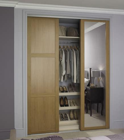oak shaker panel mirror door howdens joinery