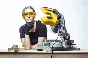 Best Miter Saw Reviews and Buying Guide 2018, Dewalt