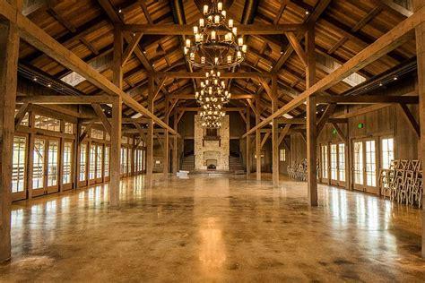 hidden river ranch weddings  barn rustic