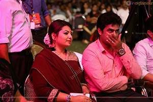 Vijay Babu and Sandra Thomas at Flowers TV Award