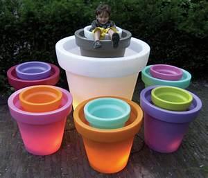 Pot Fleur Lumineux : pot de fleurs lumineux bloom h 100 cm vert bloom ~ Nature-et-papiers.com Idées de Décoration
