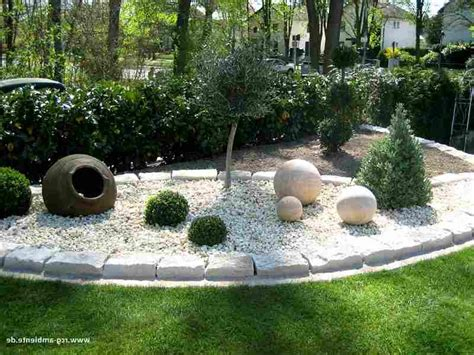 Eine Farbenfrohe Zimmer Und Gartendeko Mit Steinen by Hofgestaltung Ideen Bilder Hofgestaltung Ideen Bilder