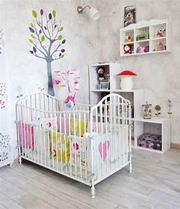 stickers arbre chambre bebe trendyyycom With déco chambre bébé pas cher avec vente de fleurs en ligne pas cher