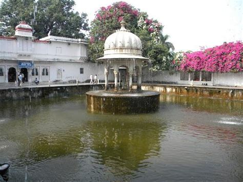 Garten Der Jungfrauen Udaipur by Saheliyon Ki Bari Udaipur Rajasthan Indien