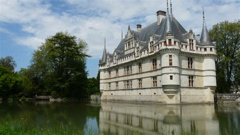 s azay le rideau chateau launches interactive historic restoration the global grid