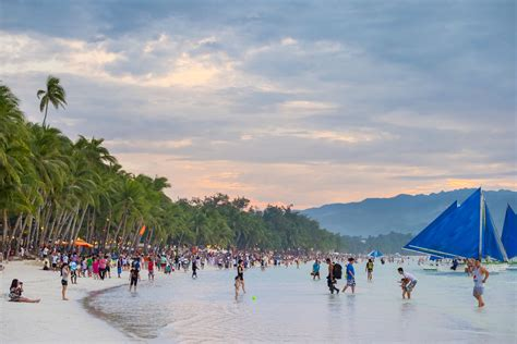 boracay  closed  tourism